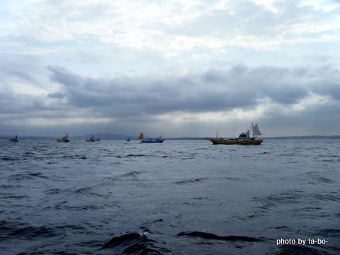 20120419亀城根船団