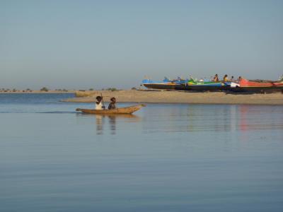 アウトリガー アフリカ 漁