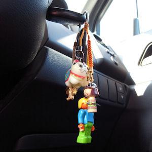 さっそく車のキーにつけました。