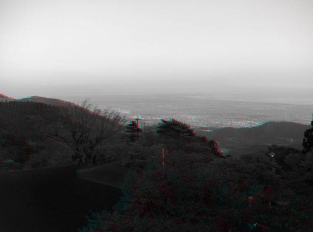 アナグリフ 江の島が見える