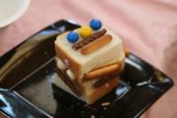 2011 12  お菓子の家 139_R