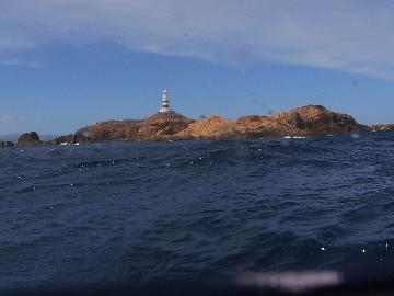 水面からの神子元灯台