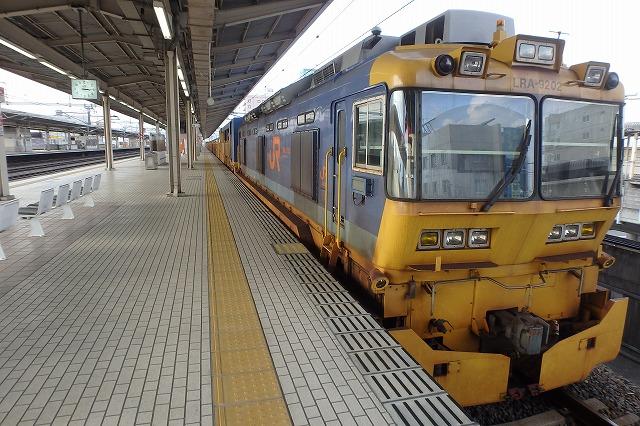 20141130レール交換車両 (6)