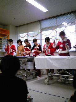 病棟クリスマス会看護師さん