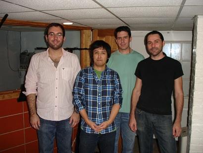 右からマイケル、僕、デイブ、ブライアン