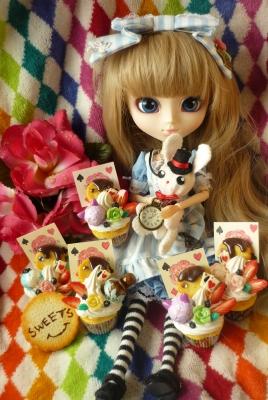 アリスカップケーキ (2)