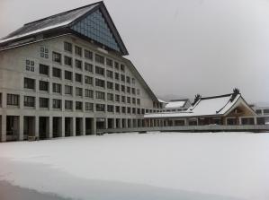 芸工大 建物