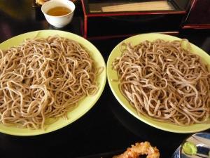 楽生門 そば 太麺と細麺
