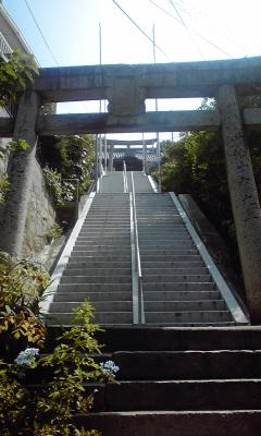 田土浦坐神社入口