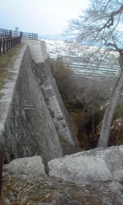 丸亀城美しい石垣2