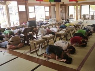 寺子屋体験2日目 布薩体験3