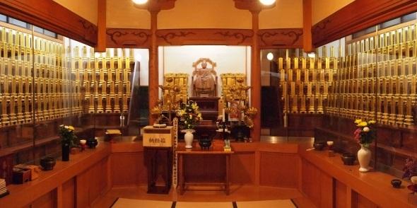 東光寺 位牌堂