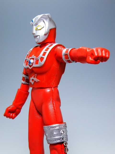 Custom-ULTRAMANLEO_52.jpg