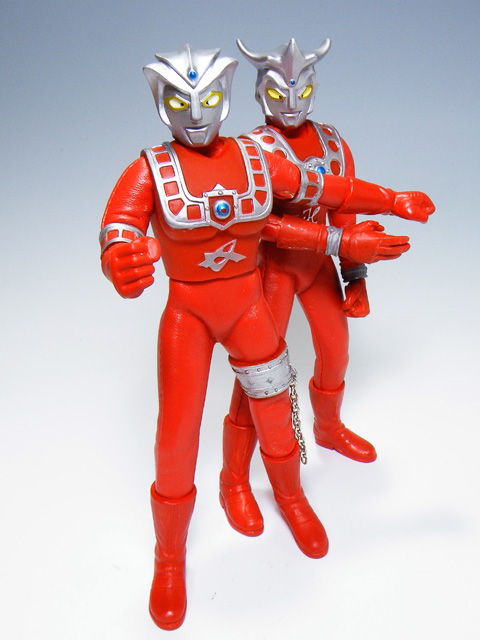 Custom-ULTRAMANLEO_57.jpg