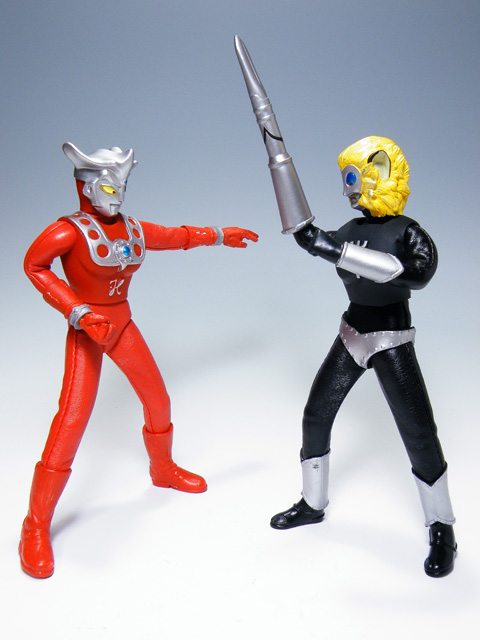 Custom-ULTRAMANLEO_97.jpg