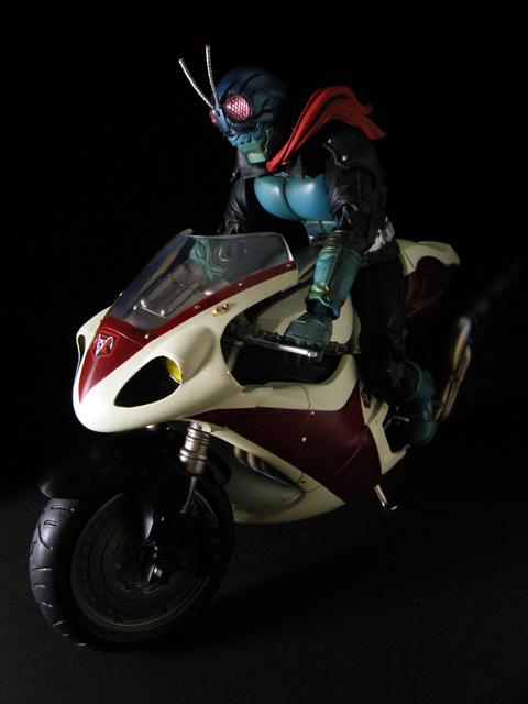 SIC_masked-rider1_89.jpg