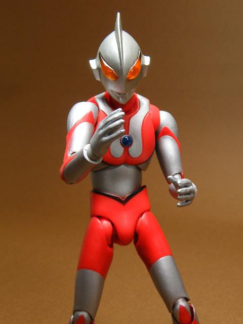 UA-Imit-Ultraman68.jpg