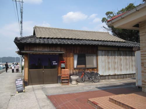 trees犬島店