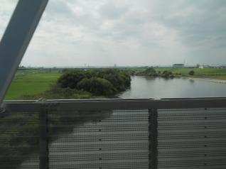 江戸川を越える