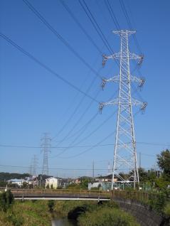1062号と老番側の鉄塔達