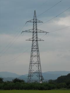 仙台A線腕6本の耐張鉄塔