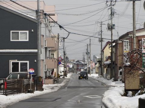 会津西街道旧道 飯寺バス停付近