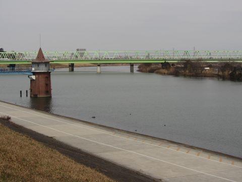金町浄水場の第二取水塔
