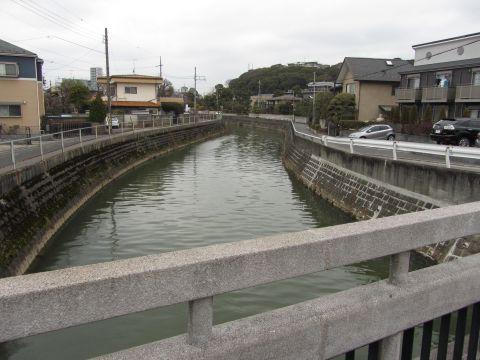 入江橋より真間川を望む