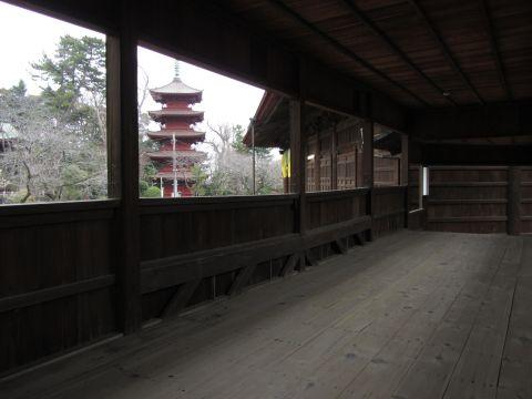 法華経寺祖師堂渡り廊下