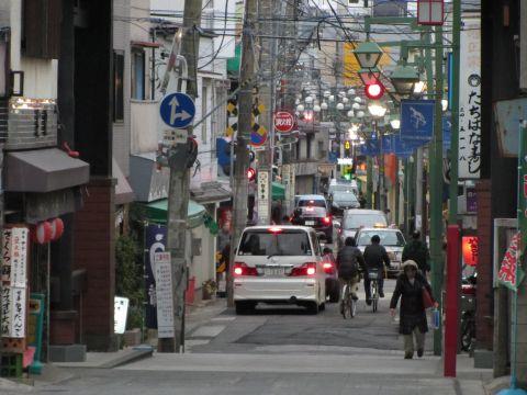 中山法華経寺参道