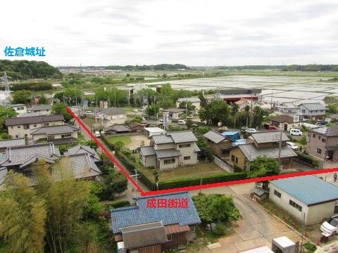 角来八幡神社下の成田街道旧道