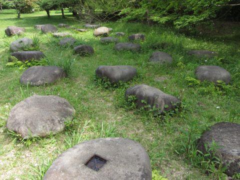 佐倉城の礎石