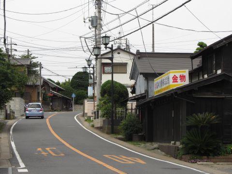 成田街道 本町(旧久保町)