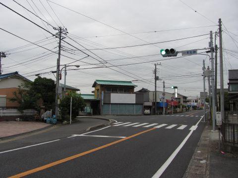 成田街道 一本松跡交差点