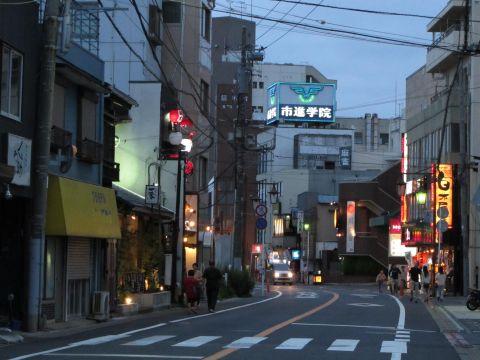 成田街道 成田駅前
