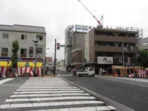 JR成田駅交差点