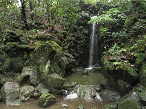 成田山公園雄滝