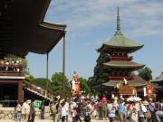 新勝寺大本堂と三重塔