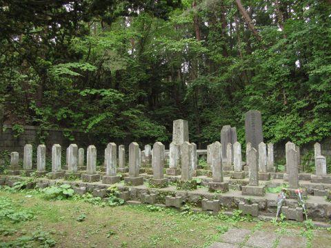 函館護国神社の新政府軍戦没者墓地
