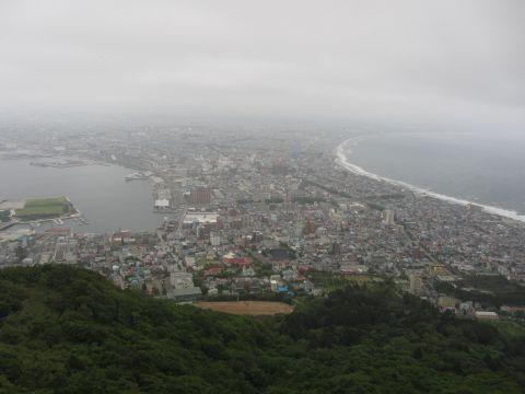 函館山展望台より函館市街を望む