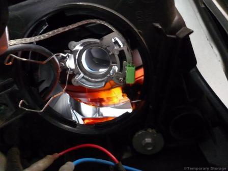 ストリーム ヘッドライト HIDバーナー 交換作業