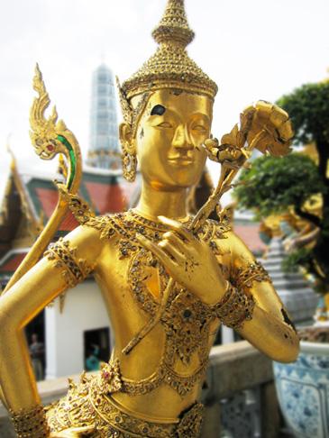 ワット・プラケオ仏像