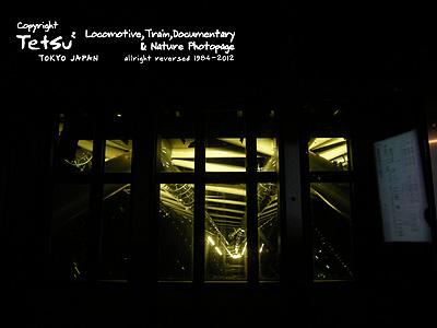 20120522スカイツリー覗き窓