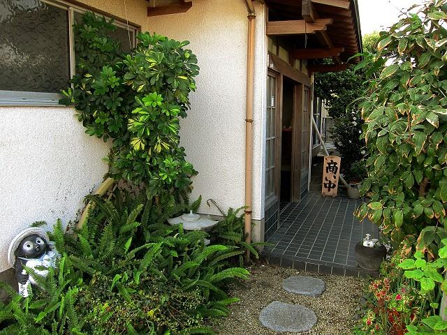1106-tominaga-02-S.jpg