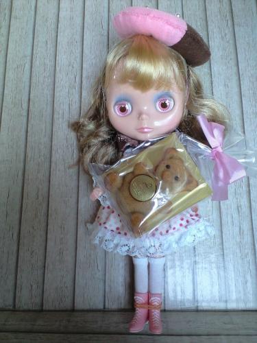 お菓子のクマちゃんと