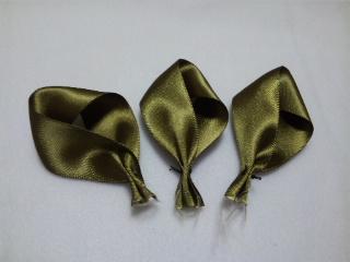 リボンフラワー 葉 24ミリ