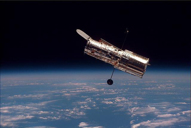 640px-Hubble_01.jpg