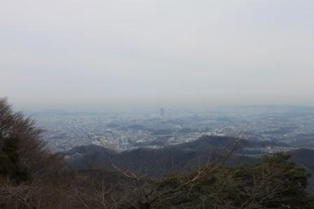 高尾山へ①