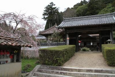 2010.4.10.「能救山岩屋寺、花祭り」、2
