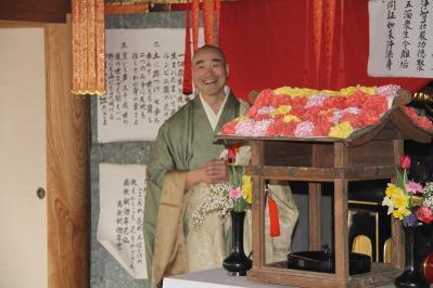 2010.4.10.「能救山岩屋寺、花祭り」、12
